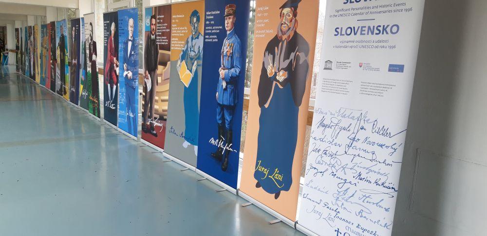 Výstava – Slovensko   významné osobnosti a udalosti v kalendári výročí  UNESCO od roku 1996